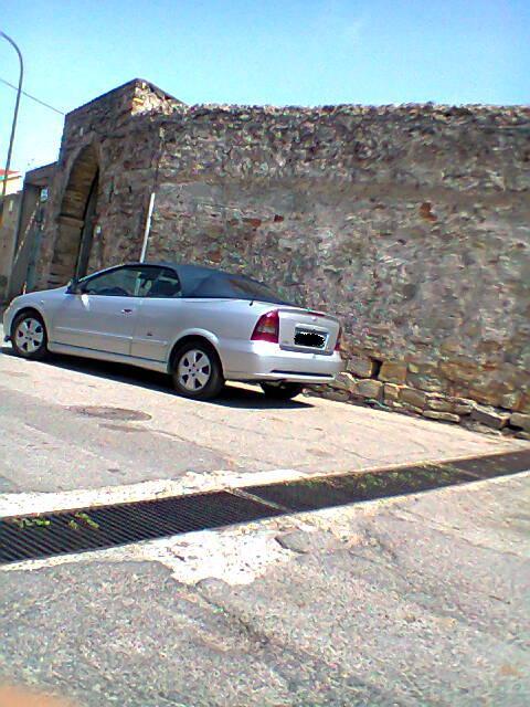 Avvistamenti auto rare non ancora d'epoca - Pagina 40 Foto0258
