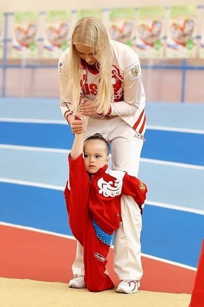 Kristina Pimenova Cdtuhb10
