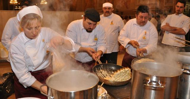 Festival del tortellino 2014, Bologna festeggia Tortel10