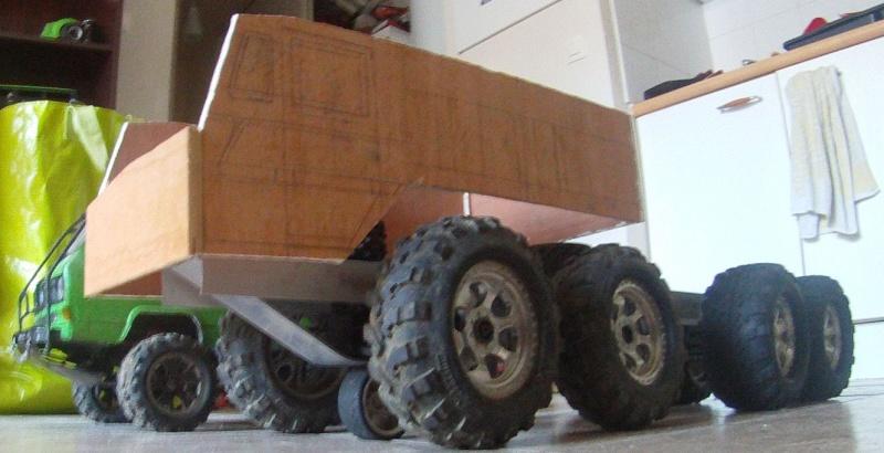 MAZ 537G trailers Gopr6814
