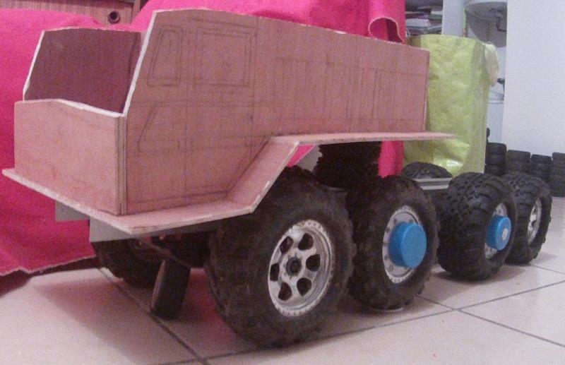 MAZ 537G trailers Gopr6817
