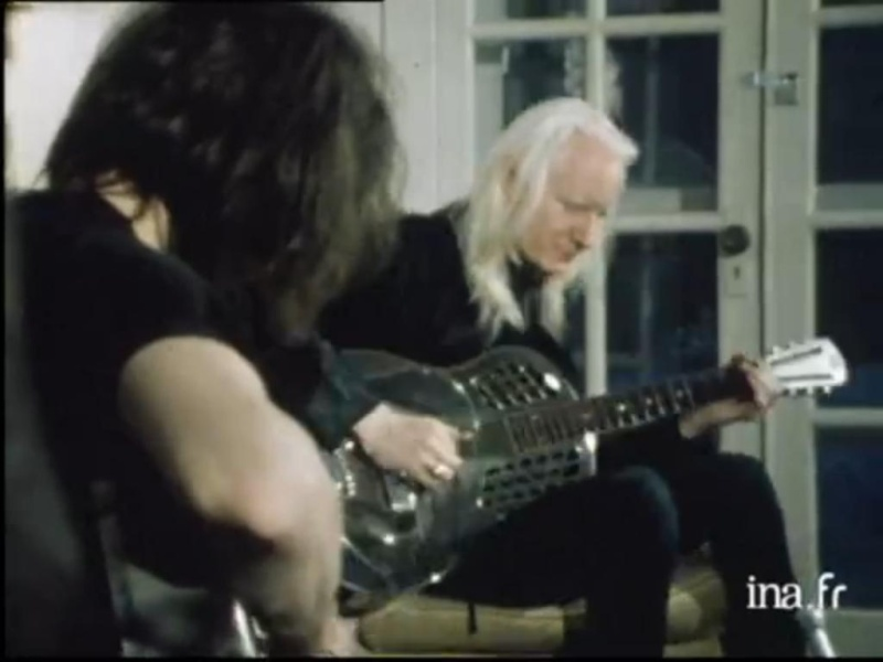 Johnny Winter - Page 3 Johnny12