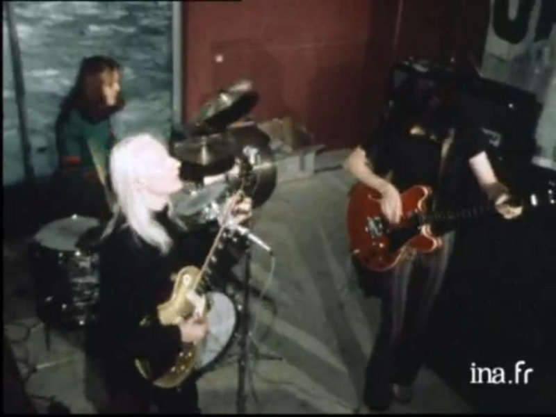 Johnny Winter - Page 3 Johnny17
