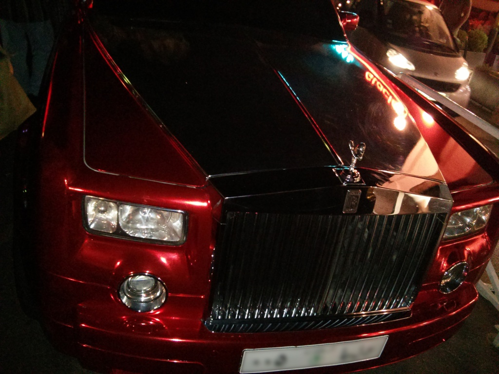 2012 - [Rolls Royce] Phantom VII Restylée - Page 2 Rr-pha13
