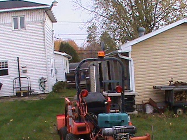 Trouvé - Gyrophare pour tracteur Giroph10