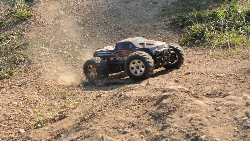 Le Flux HP de Gosraider, Kit différentiel central Alza Racing, Combo Castle Mamba X  - Page 2 Dscn3125