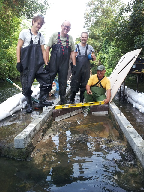 Improving fish passage on the Hogsmill, 17-20th July, Volunteers needed  - Page 2 Hog110
