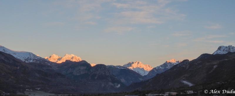 Paysages de montagne au lever du jour!!!! Pb131710