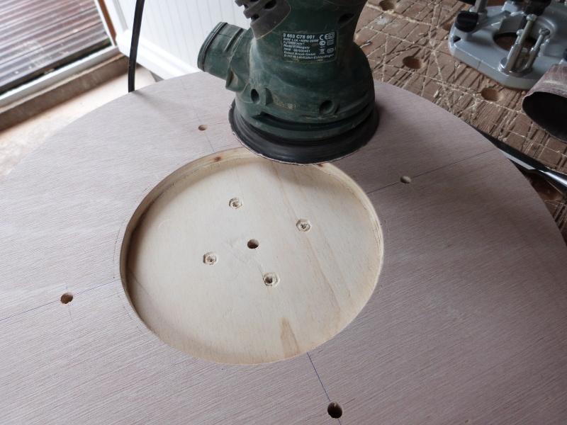 [Fabrication] Scie à ruban en bois - Page 2 P1040511