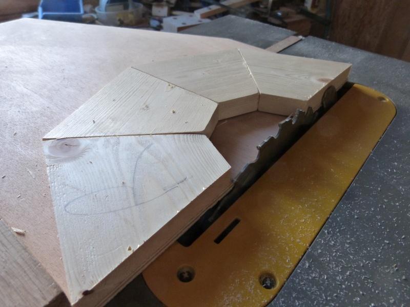 [Fabrication] Scie à ruban en bois - Page 2 P1040528