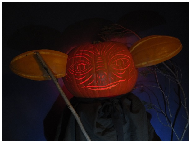 """The 2nd Annual """" TIG STAR WARS PUMPKIN CARVING CONTEST """" begins ... - Page 3 Pumpki13"""