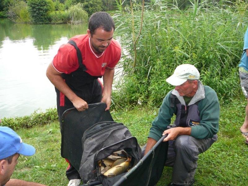 Festival de pêche sur le plan d'eau de Chuzelles (38) les 12 et 13 JUILLET P1140130