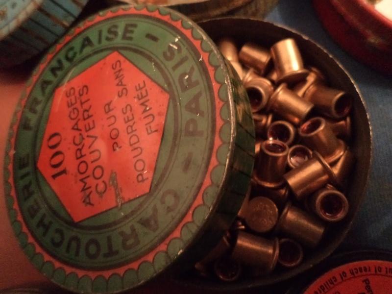 petit topo sur les poudres et amorces Dsc02020