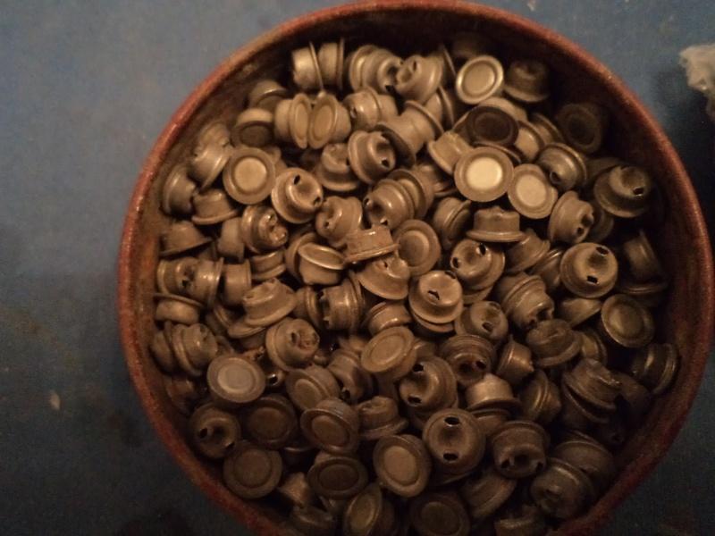 petit topo sur les poudres et amorces Dsc02034
