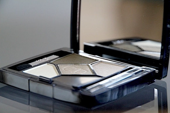 Annonce : DIOR , GIVENCHY , CLARINS ... Dior-g10