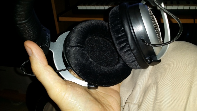 TAKSTAR HI2050: CHE PREZZO !! sarà la nostra nuova T-headphone? 20141211