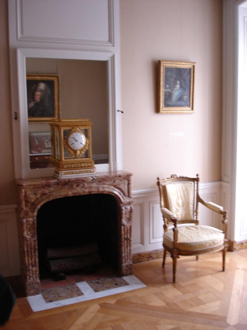 Le logement de Fersen au château de Versailles - Page 2 2eme311