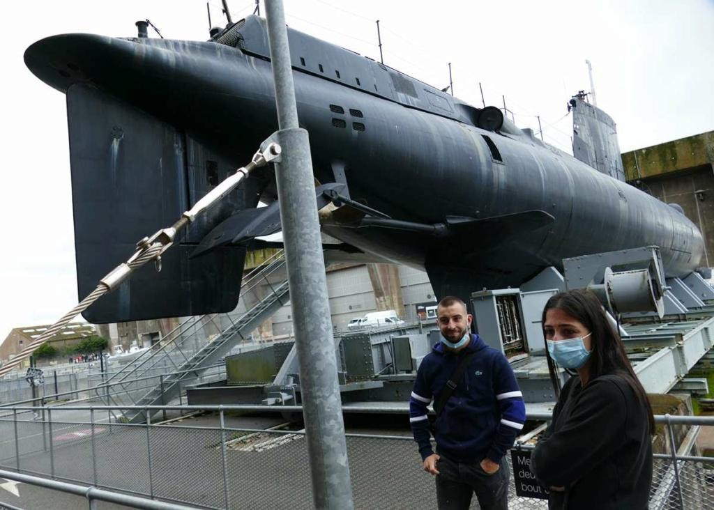 [Les Musées en rapport avec la Marine] Sous-Marin  Flore - Page 20 00534