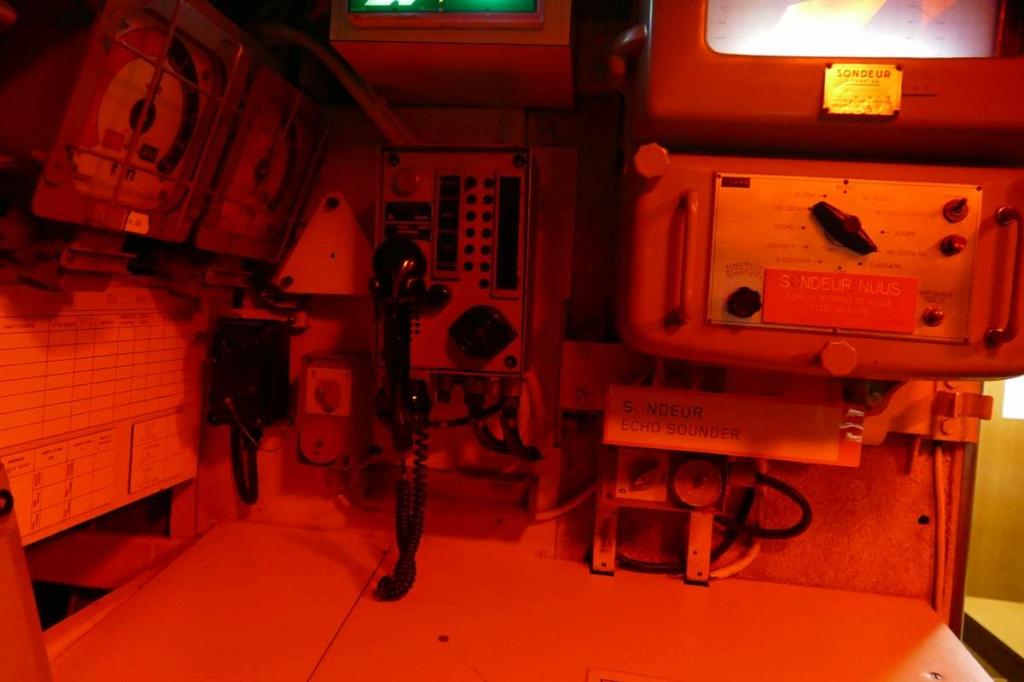 [Les Musées en rapport avec la Marine] Sous-Marin  Flore - Page 20 02028