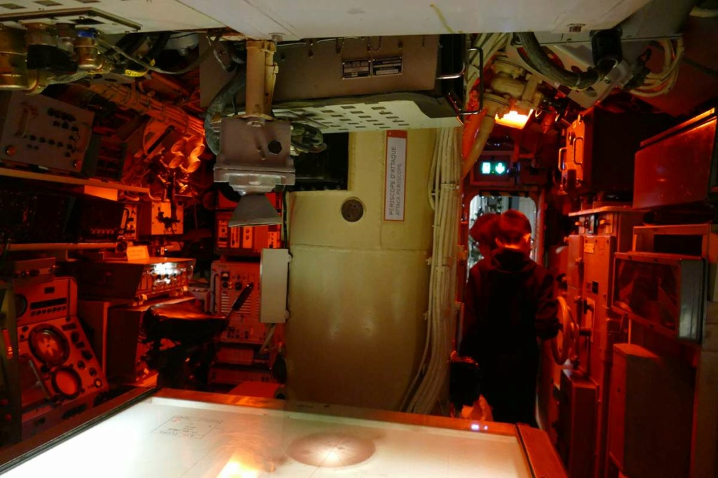 [Les Musées en rapport avec la Marine] Sous-Marin  Flore - Page 20 02829