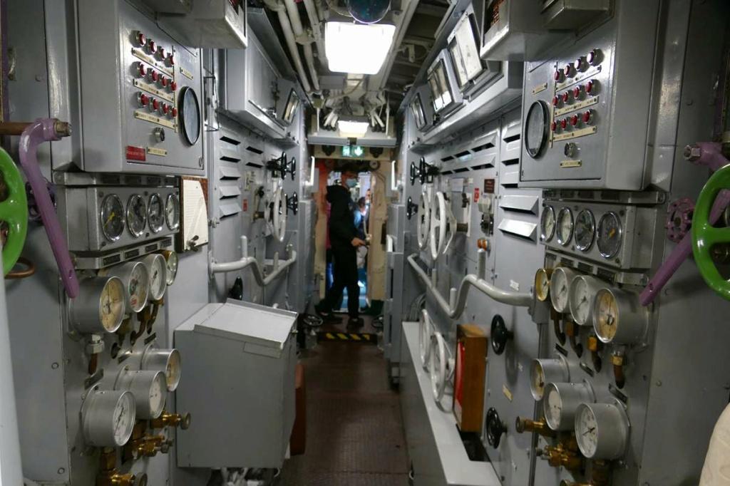 [Les Musées en rapport avec la Marine] Sous-Marin  Flore - Page 20 06426