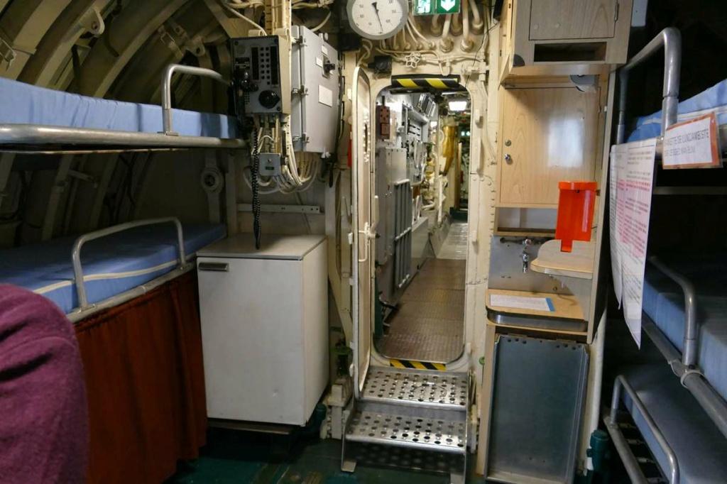 [Les Musées en rapport avec la Marine] Sous-Marin  Flore - Page 20 08128