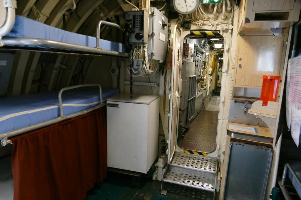 [Les Musées en rapport avec la Marine] Sous-Marin  Flore - Page 20 08226