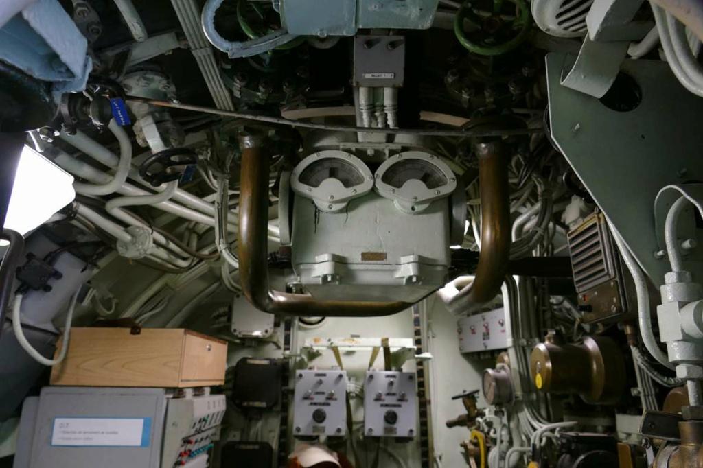 [Les Musées en rapport avec la Marine] Sous-Marin  Flore - Page 20 08629