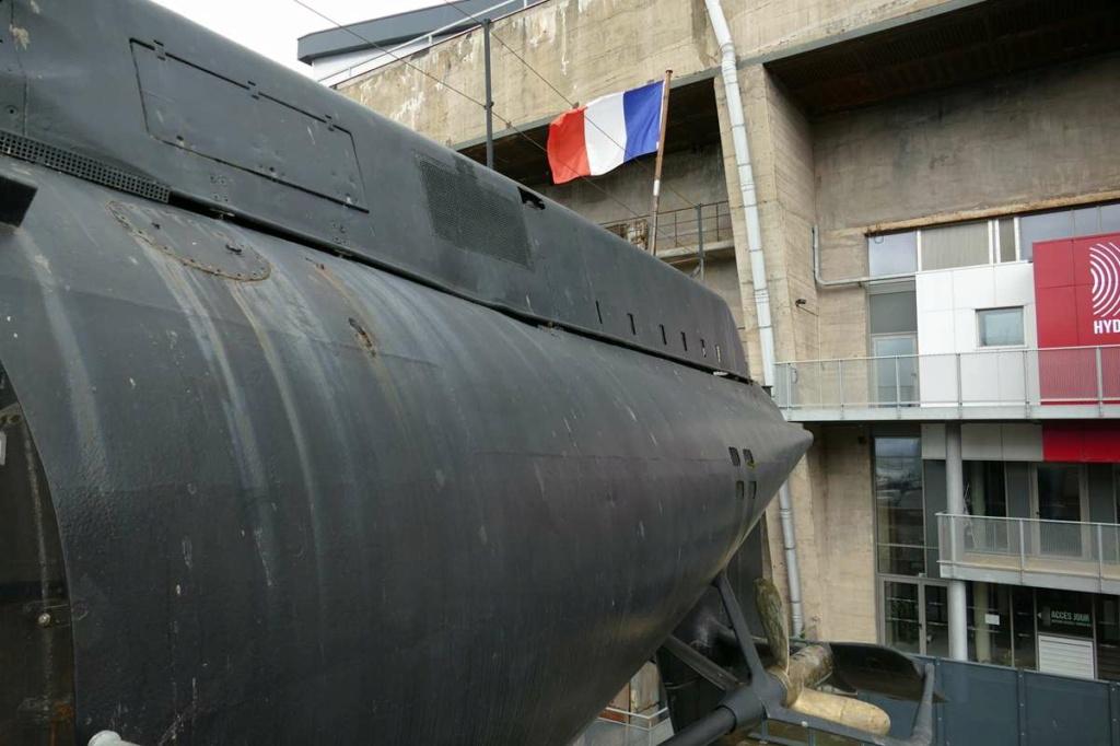 [Les Musées en rapport avec la Marine] Sous-Marin  Flore - Page 20 08827