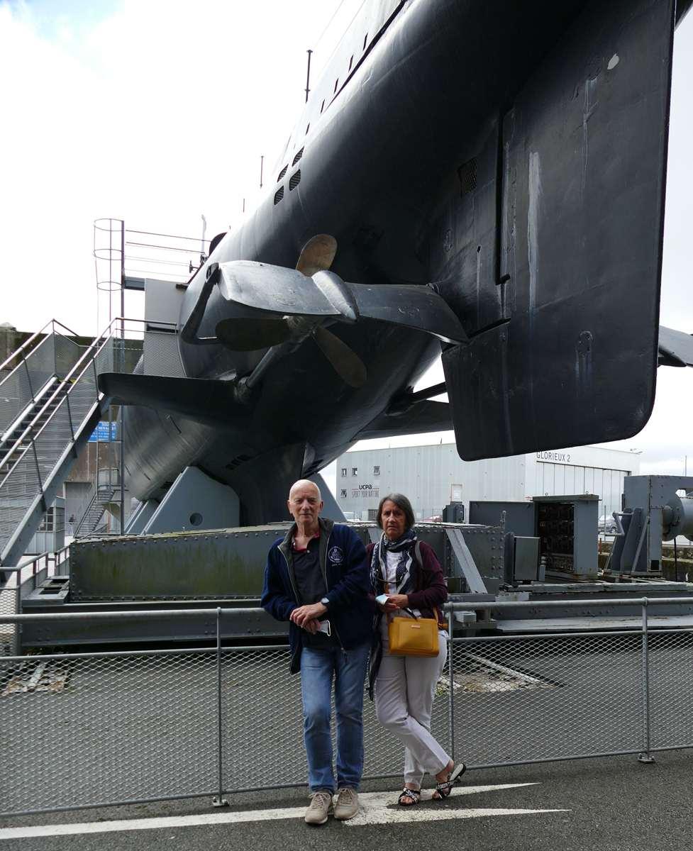 [Les Musées en rapport avec la Marine] Sous-Marin  Flore - Page 20 09525