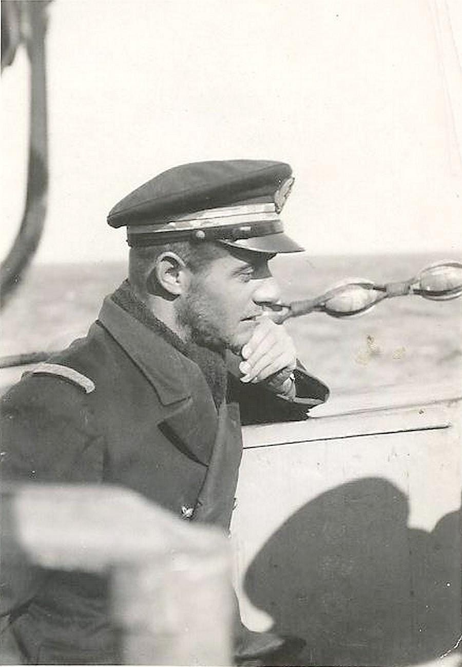 [ Blog visiteurs ] recherche photos de mon père (Croiseur Sous-Marin Surcouf) 17098110