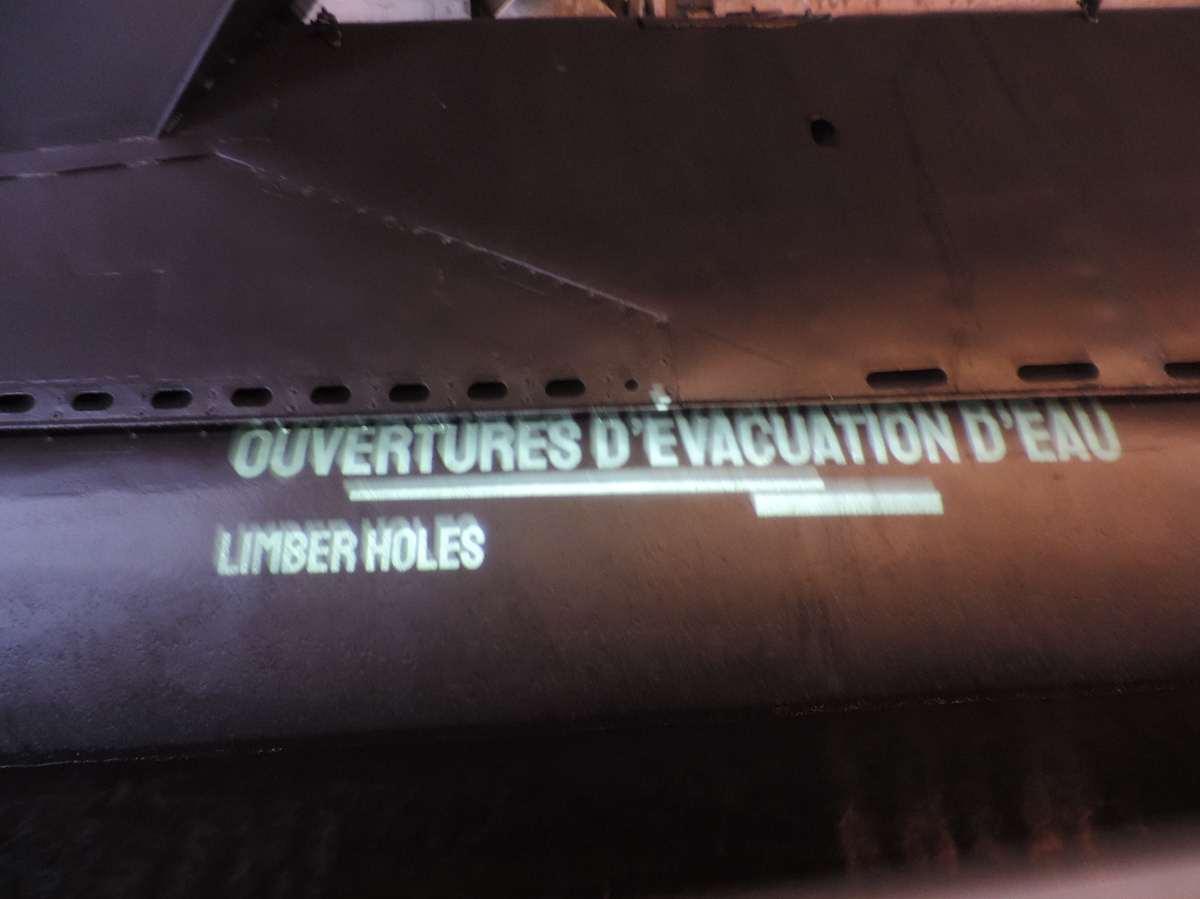 [ Les musées en rapport avec la Marine ] Sous-Marin Espadon (Saint-Nazaire). - Page 2 Dscn2707