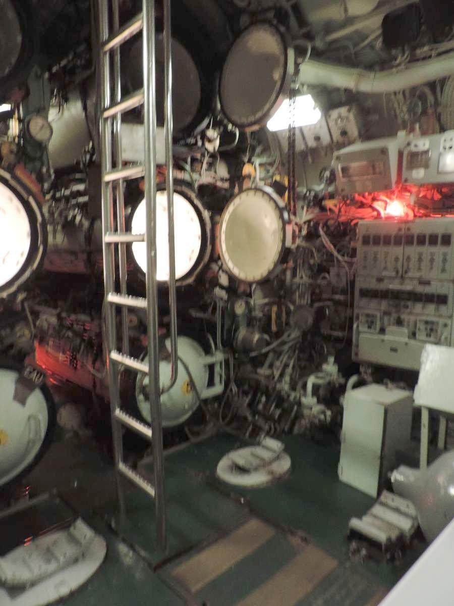 [ Les musées en rapport avec la Marine ] Sous-Marin Espadon (Saint-Nazaire). - Page 2 Dscn2753