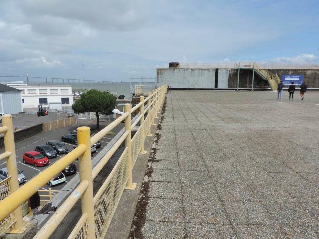 [Vie des ports] Port de Saint Nazaire - Page 8 Dscn2768