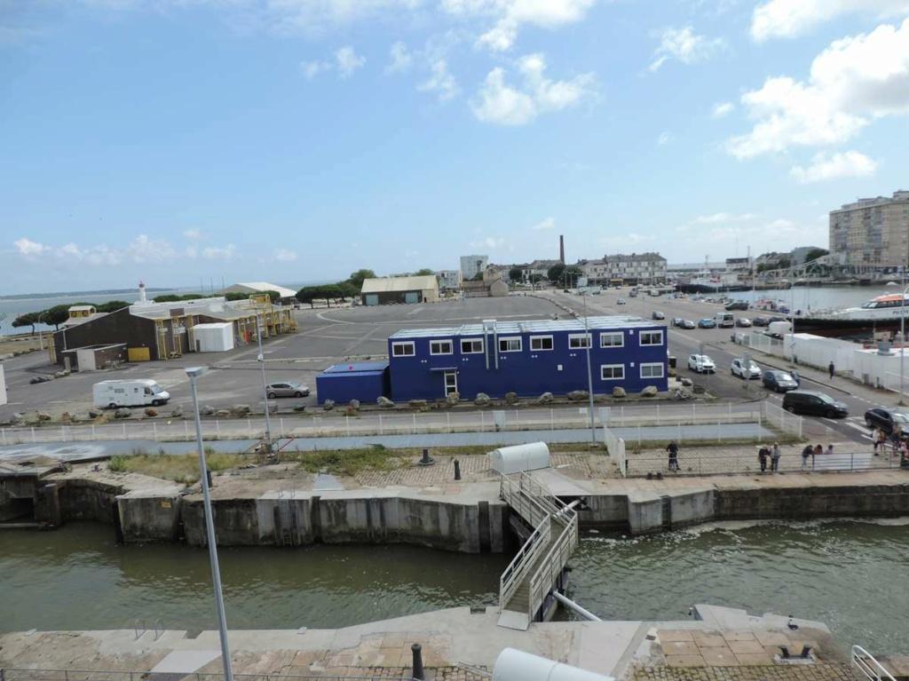 [Vie des ports] Port de Saint Nazaire - Page 8 Dscn2776