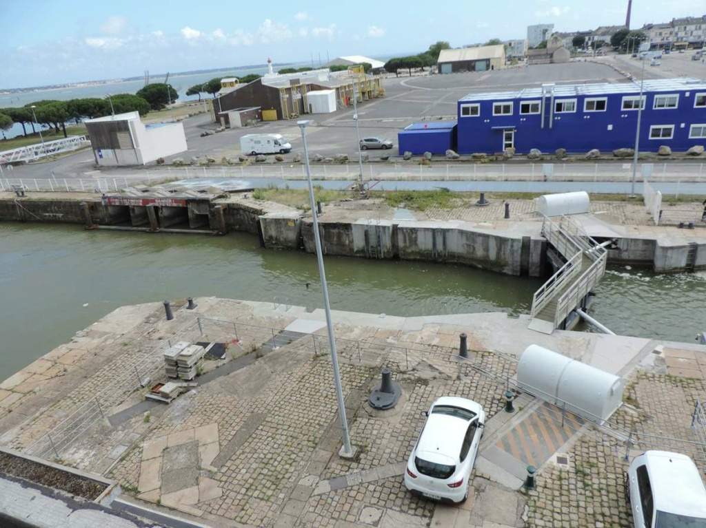 [Vie des ports] Port de Saint Nazaire - Page 8 Dscn2778