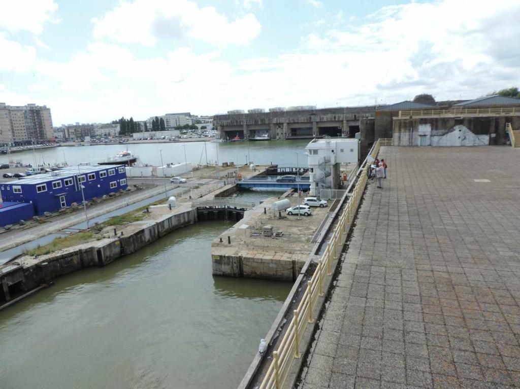 [Vie des ports] Port de Saint Nazaire - Page 8 Dscn2786