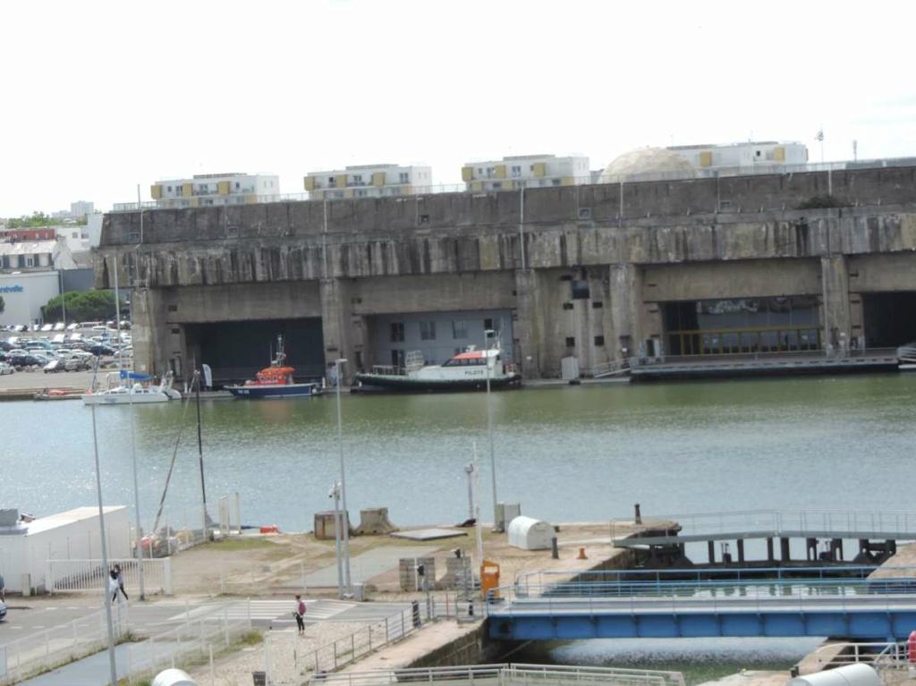 [Vie des ports] Port de Saint Nazaire - Page 8 Dscn2802