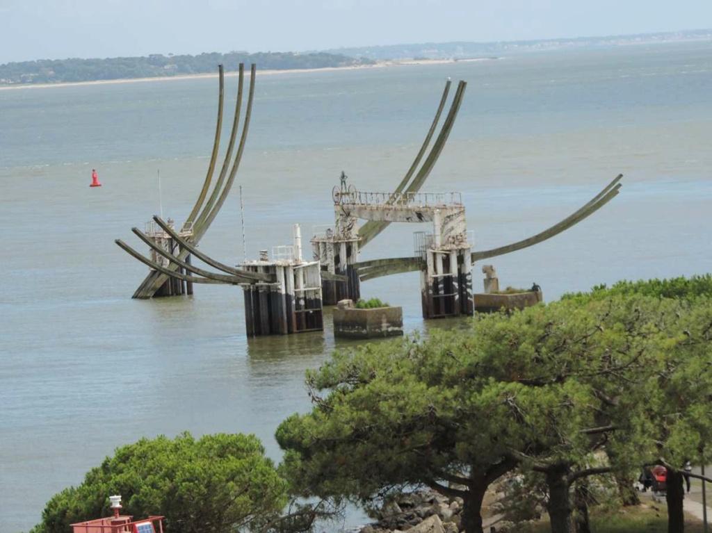 [Vie des ports] Port de Saint Nazaire - Page 8 Dscn2820