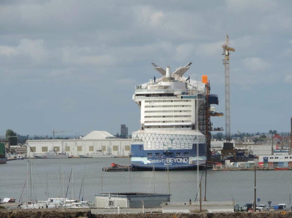 [Vie des ports] Port de Saint Nazaire - Page 8 Dscn2836