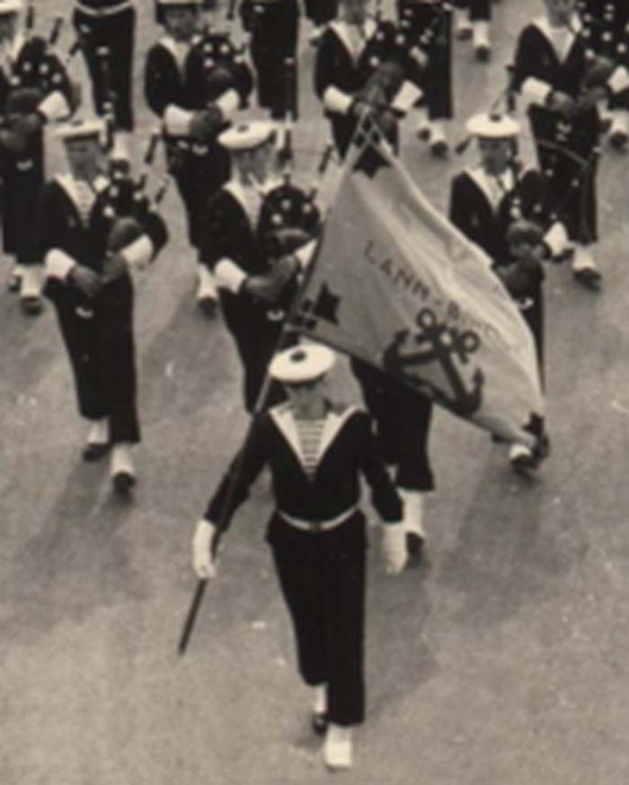 [La musique dans la Marine] Bagad de Lann-Bihoué - Page 21 Lan10