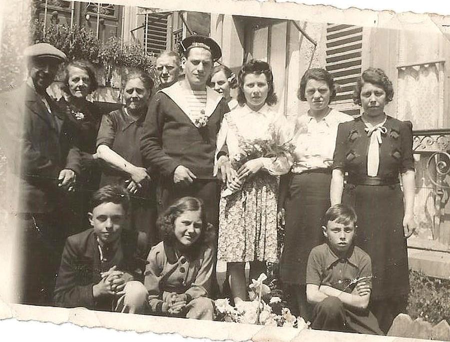 [ Blog visiteurs ] Recherche copains de mon grand-père (Torpilleur Adroit 1941). Mariag10