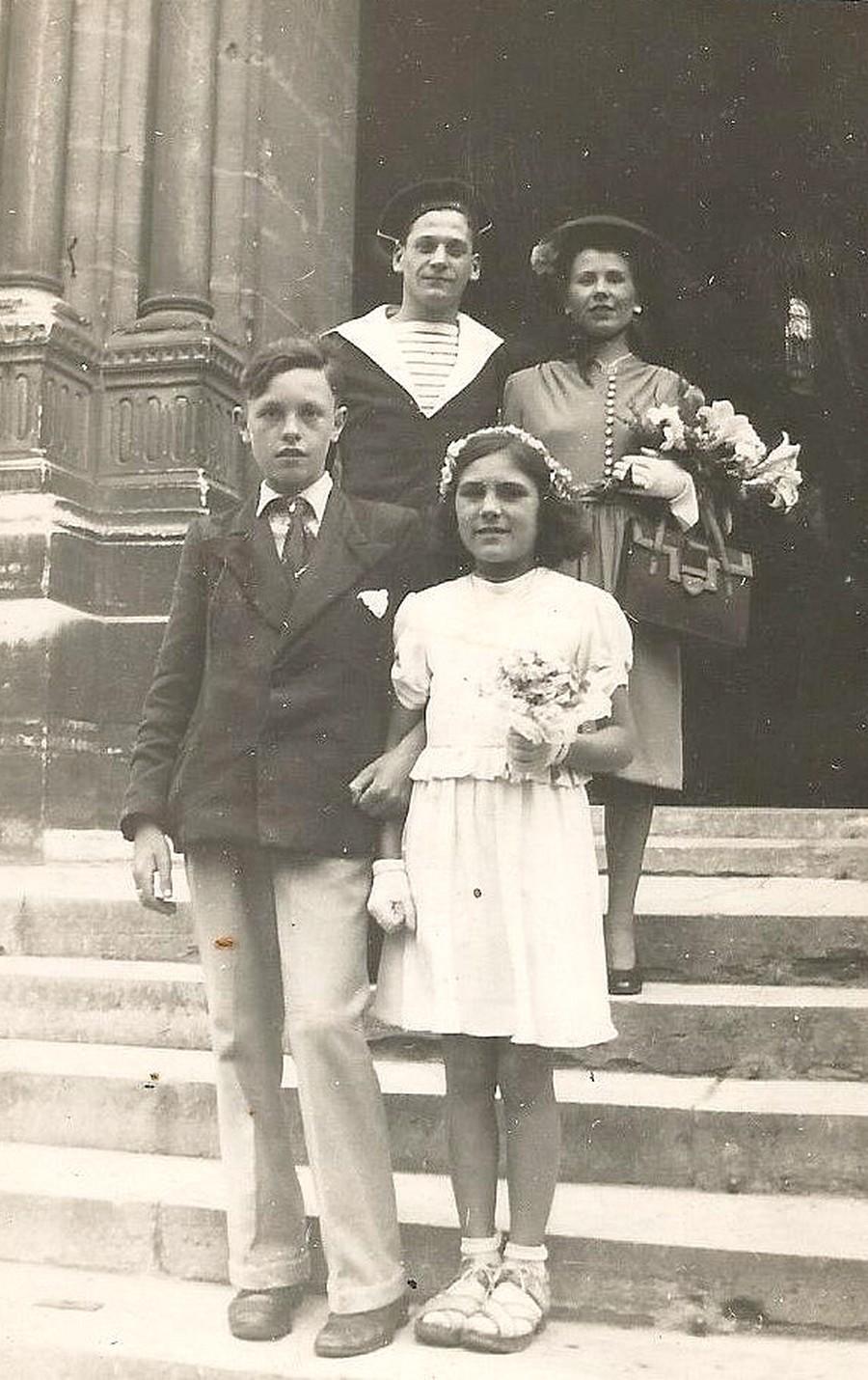 [ Blog visiteurs ] Recherche copains de mon grand-père (Torpilleur Adroit 1941). Mariag11