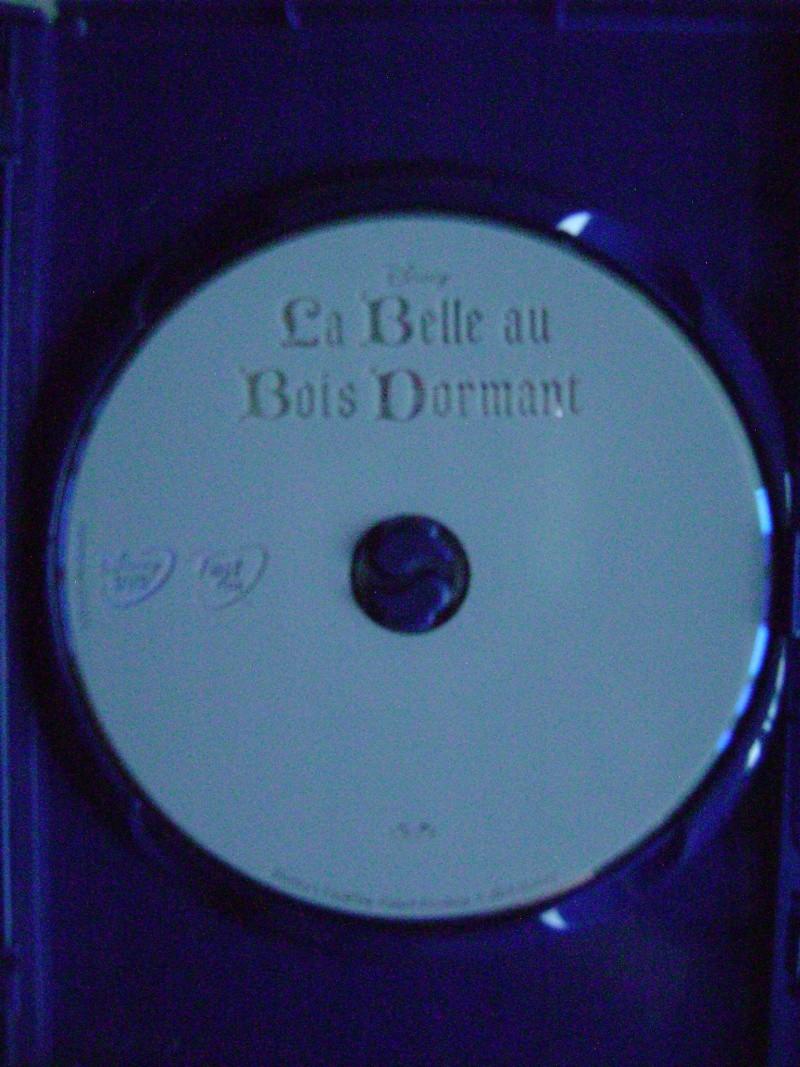 [BD + DVD] La Belle au Bois Dormant (24/09/14) - Page 23 Dsc00114