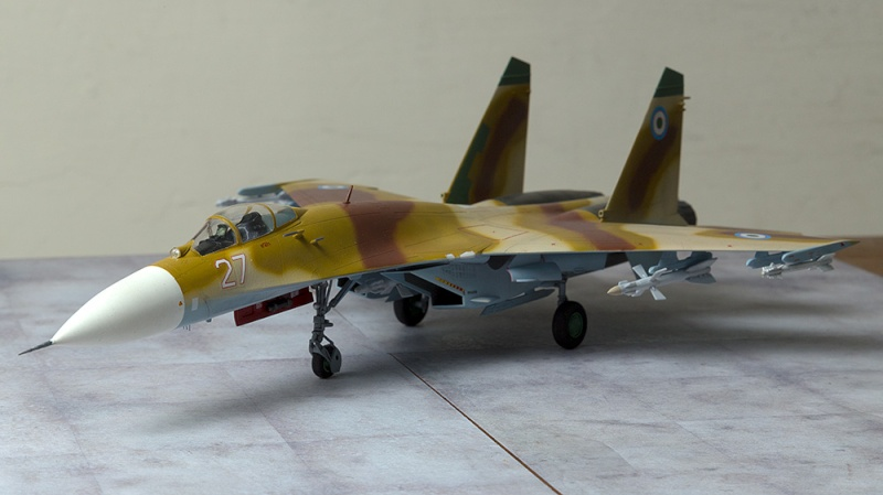 Four 1/72nd scale Flankers - Page 2 541310