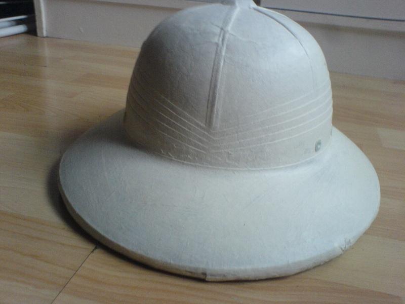 Montrez vos casques tropicaux - Page 3 Dsc01723