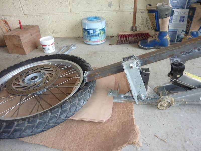 Changement de pneu temps et astuces page 3 - Fabriquer un decolle pneu ...