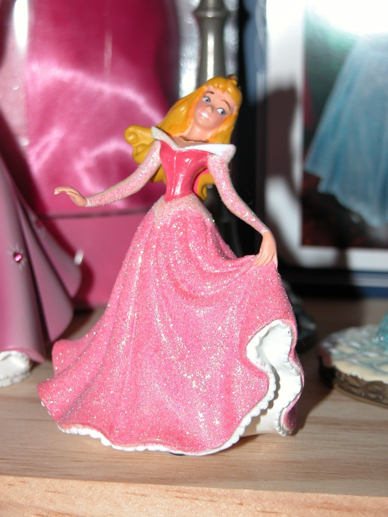 Figurines Disneyland Paris - Page 2 Dscn0616