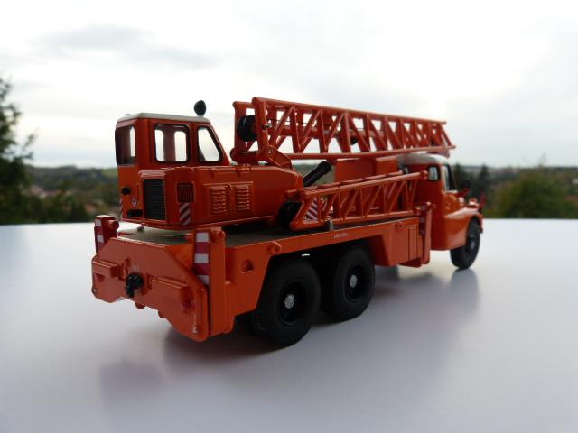 Umbau Atlas Robur und W50 , H6 und andere - Seite 7 P1070810