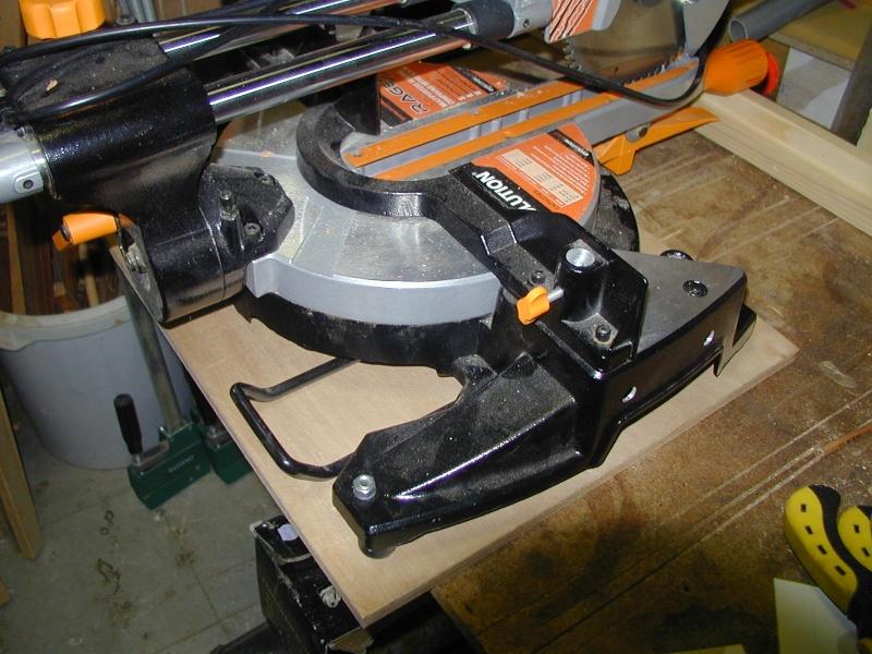 Rangement scie a onglet X4x11010